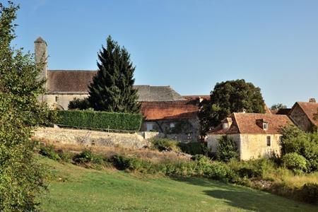15MontagnacDAuberoche-village-01