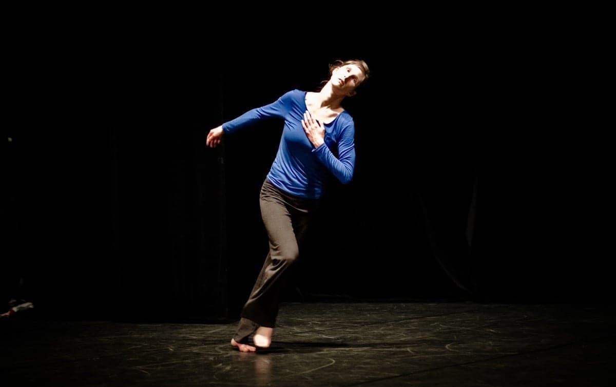 210313-bress-stage-danse