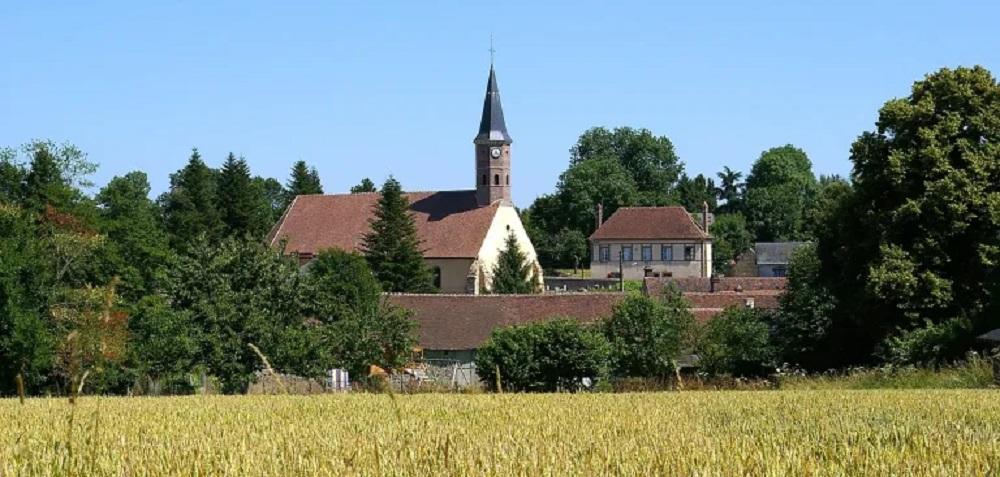 Mairie de la -de-La-Puisaye-1