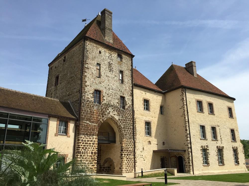 Château de Senonches_côté cour