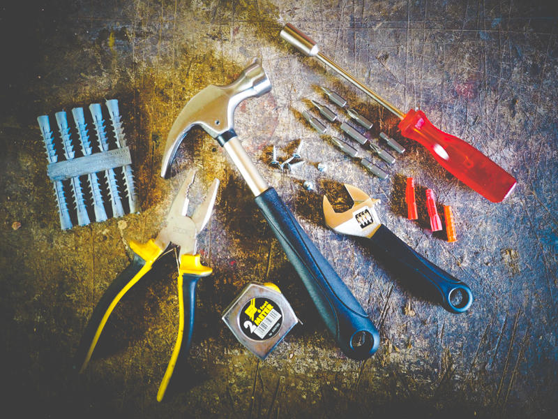 GARAGE OUTILS MENUISERIE CHARPENTE (1)
