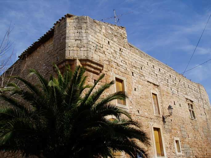 Chateau Creissan