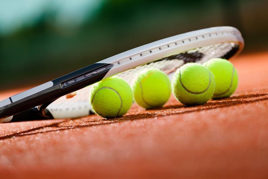 Tennis Boujan