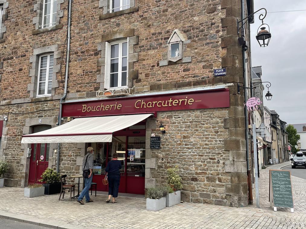 ©SMBMSM - Boucherie des Douves - Dol-de-Bretagne (1)
