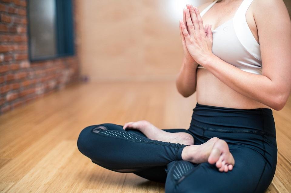 yoga-3053488_1280©lograstudio