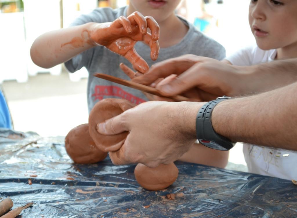 Atelier enfants-Marché de Potiers Argentat