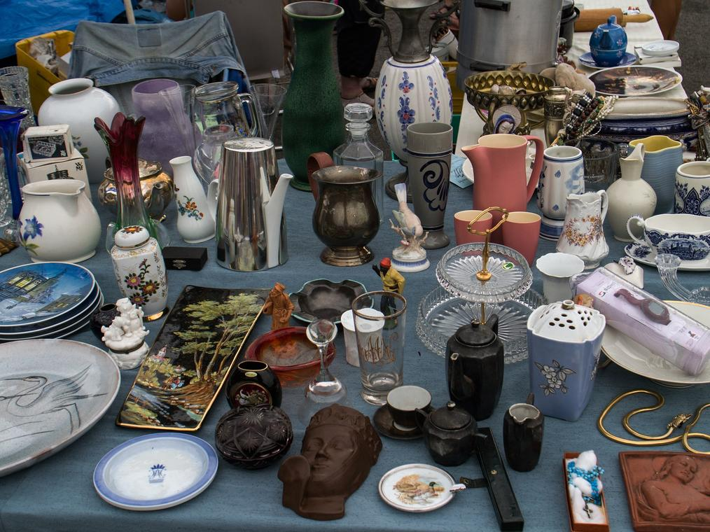 Flea-market-