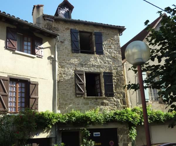 Maison-Saint-Céré-extéreur