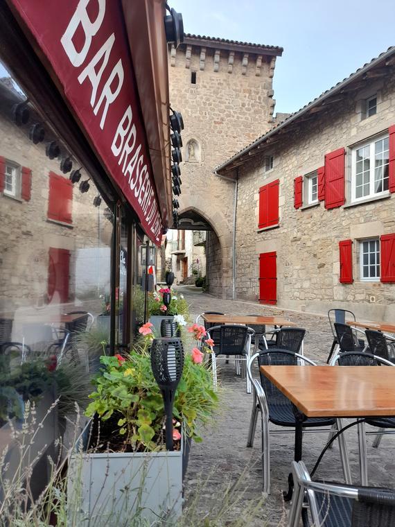 Bar Brasserie du centre Sousceyrac en Quercy
