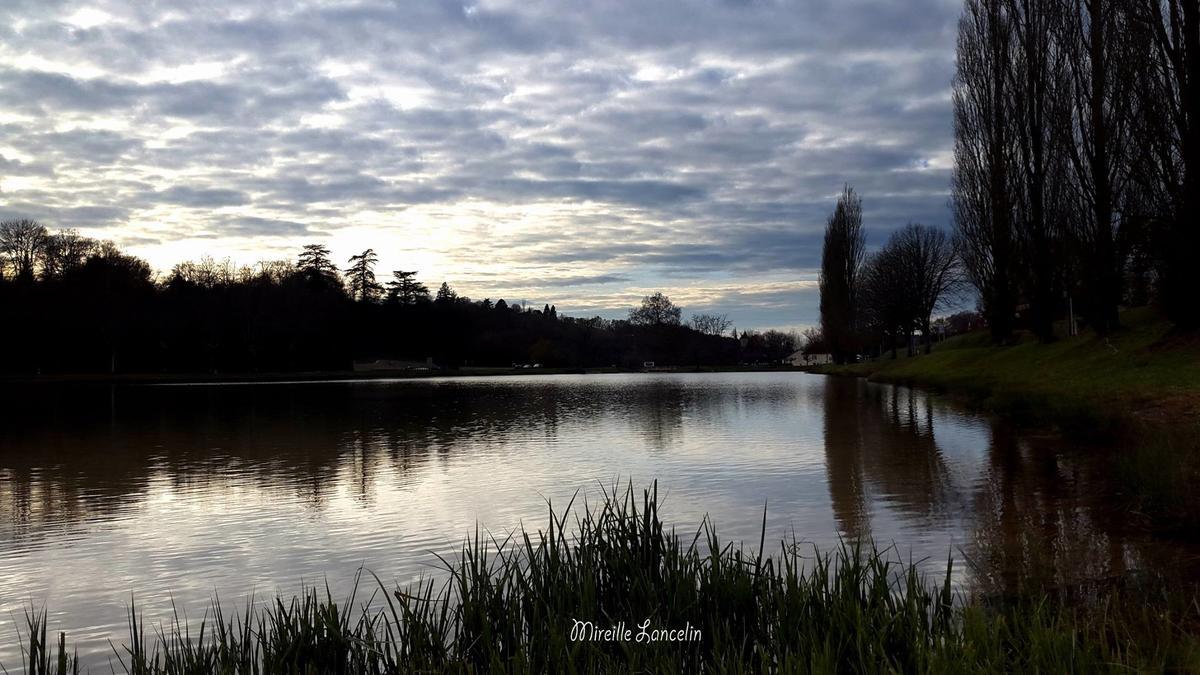 Plan d'eau Le Vigan - Mireille Lancelin