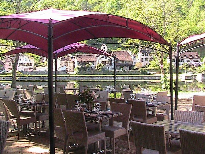 Restaurant La Riviera Limousine