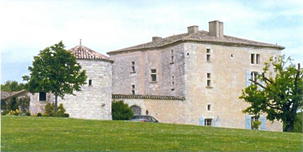chateau-de-monplan-valprionde-02