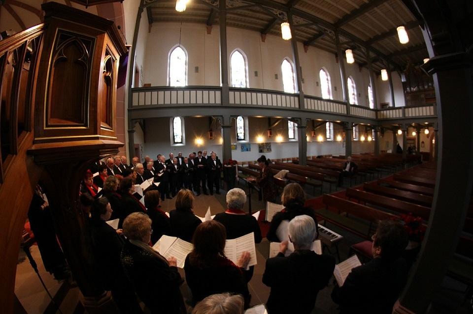 church-choir-©pixabay