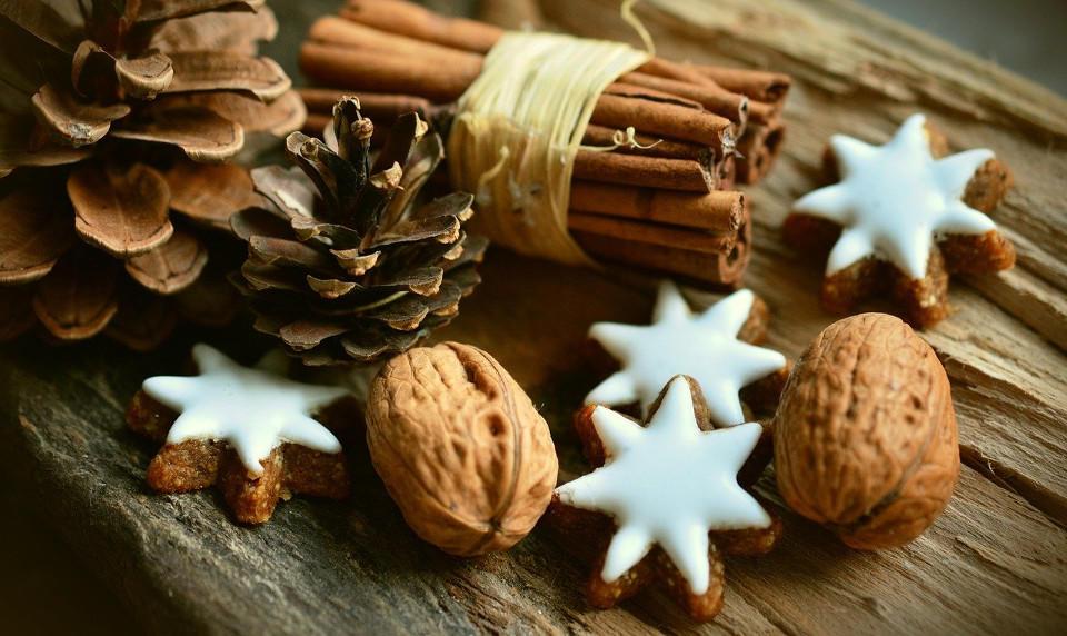 cinnamon-stars-2991174-1280