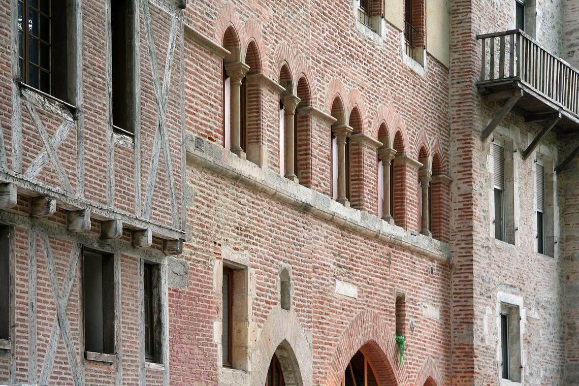 Rue Daurade à Cahors maisons médiévales