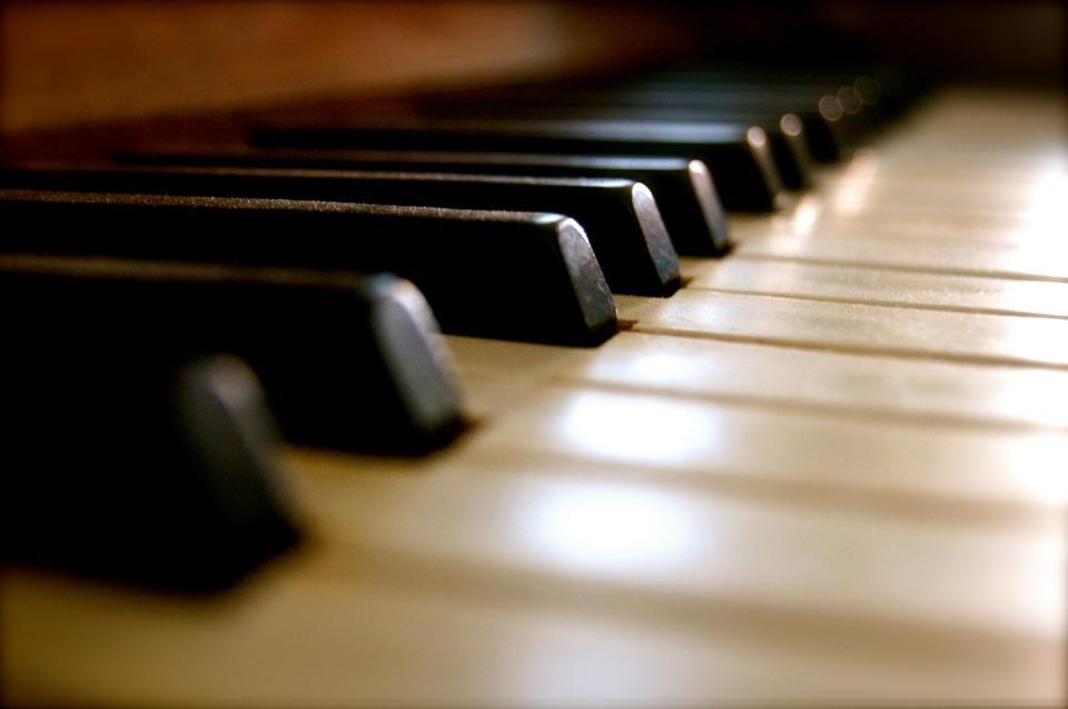piano-91048_960_720