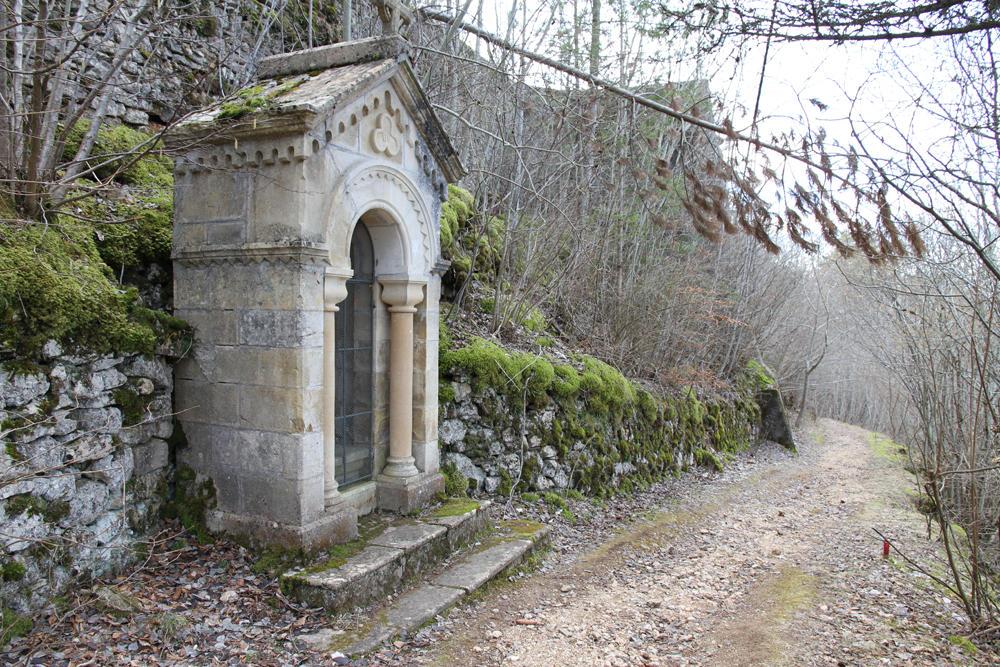 Station-chemin-croix-reduit
