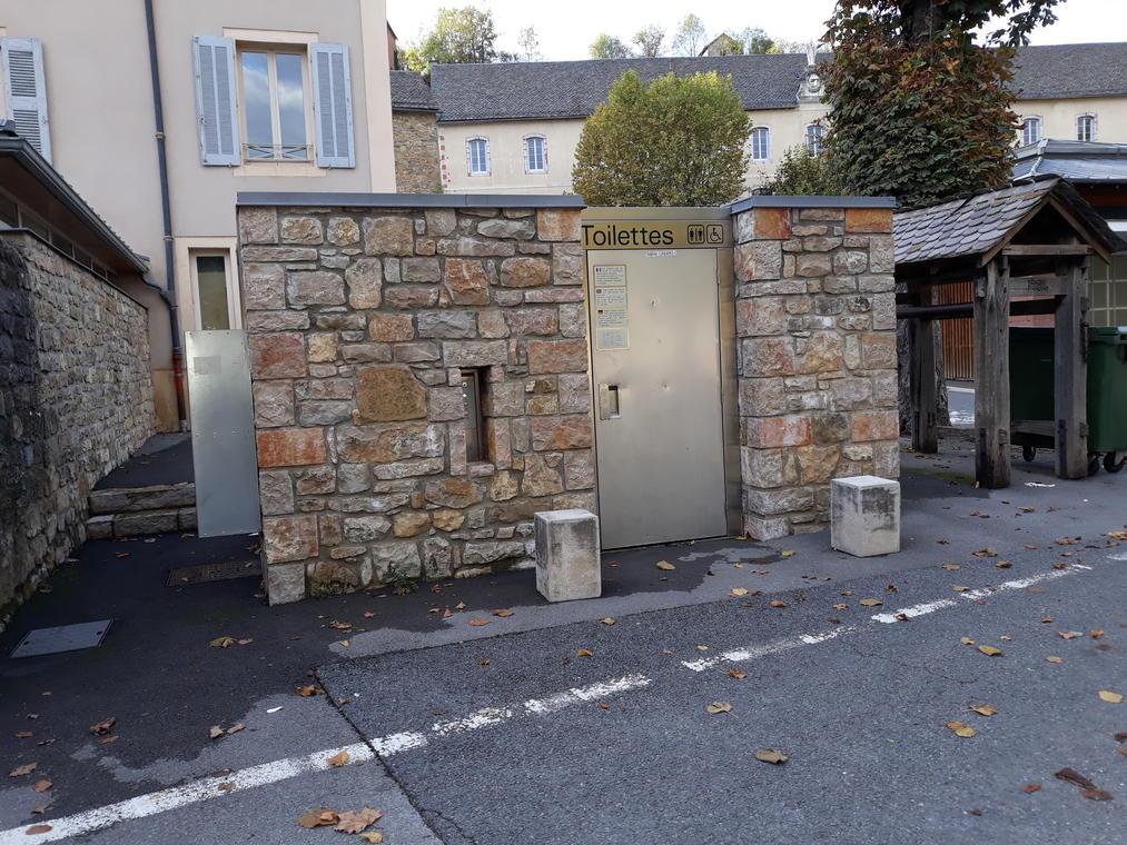 Toilettes-La-Canourgue