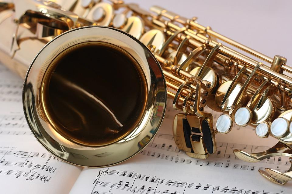 saxophone-546303_960_720