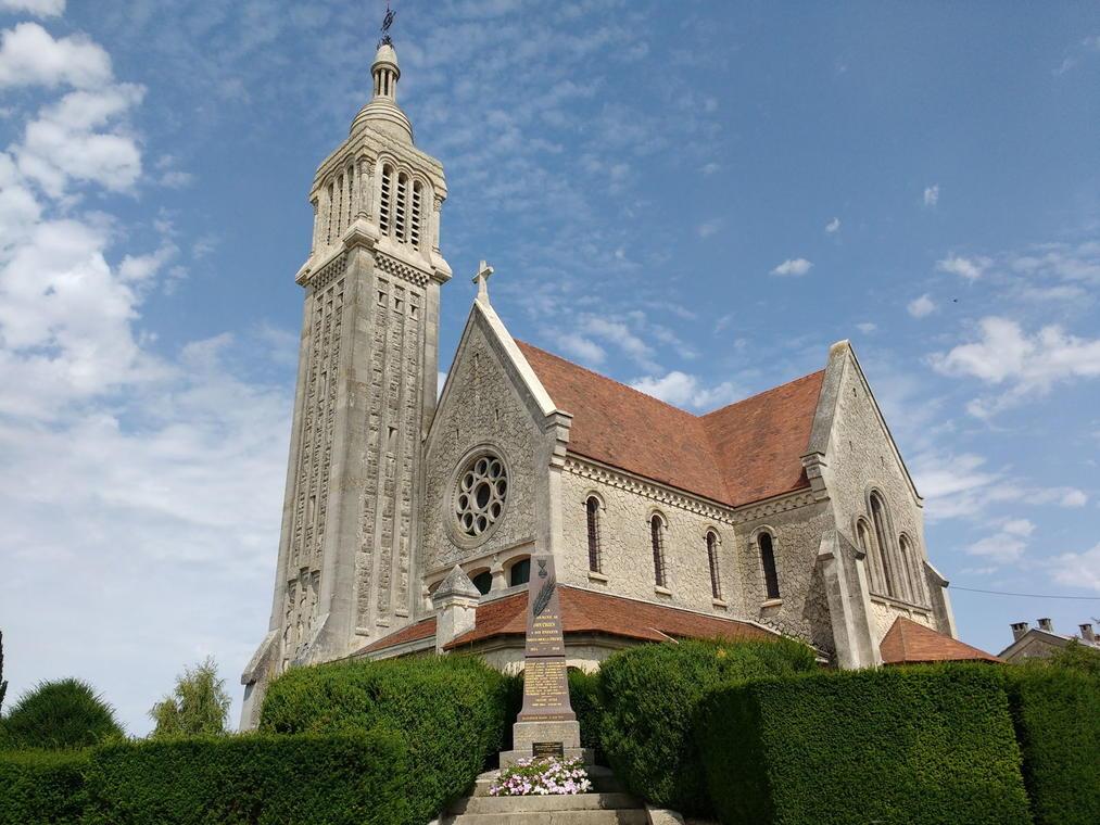 Dontrien, Eglise Saint-Laurent 3 © Anne-Sophie Lange