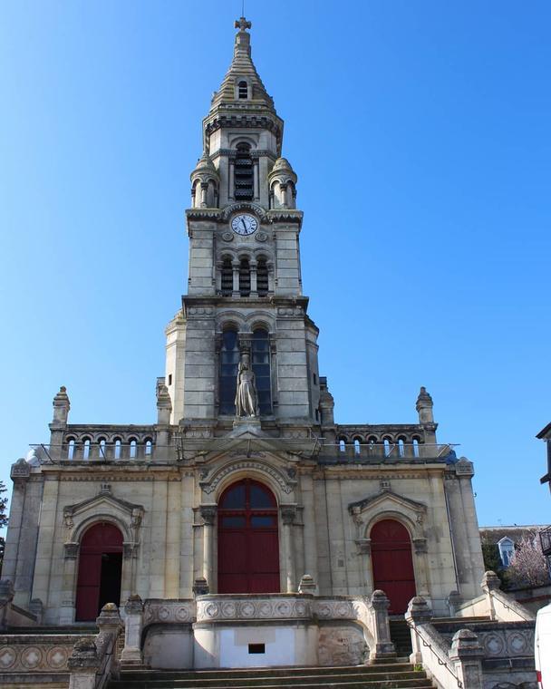 Eglise-Sainte-Genevieve--c--Pauline-Colin