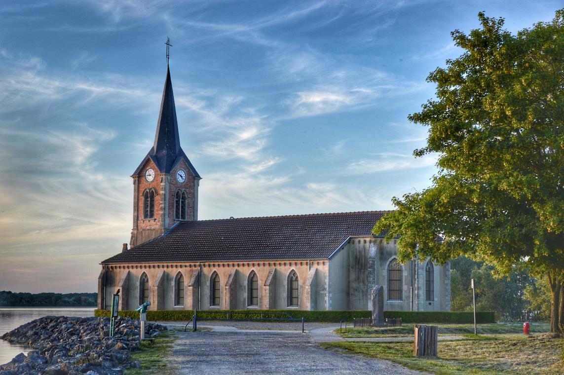 Giffaumont Eglise Presqu'île de Champaubert