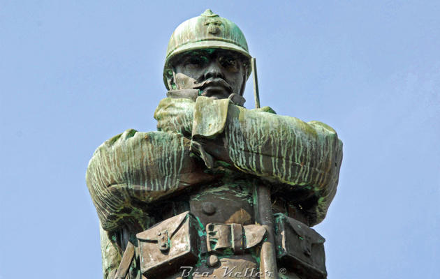 Monument aux morts_Ste Menehould