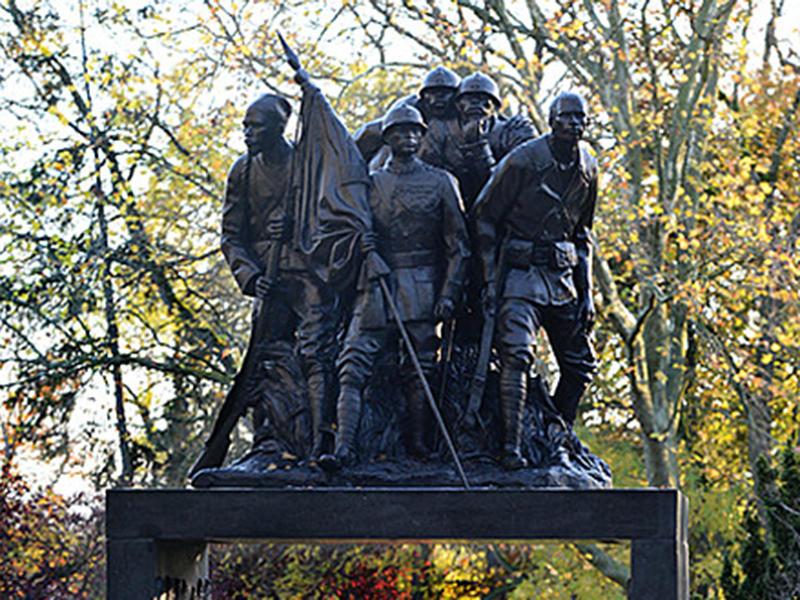 Monument aux héros de l'armées noires