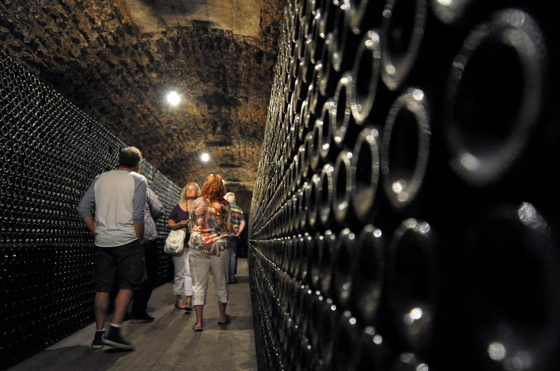 Champagne-wine-tour--3--2-2