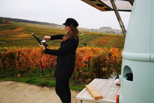 exprience-en-ligne-sabrage-dune-bouteille-de-champagne-3420b sabrage MVTC