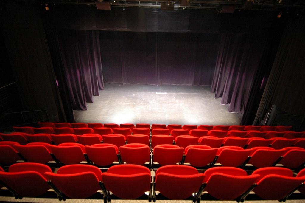 FMA53-théâtre-1