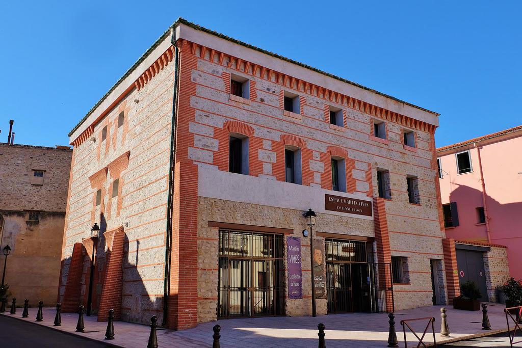 ESPACE Martin VIVES situé dans une ancienne prison du XIX°Rue du Palais de Justice PRADES(1)