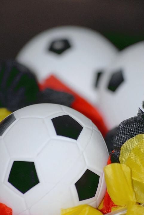 football-3404569_960_720
