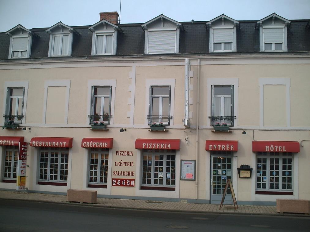 Hotel-du-Maine-Le-Lude