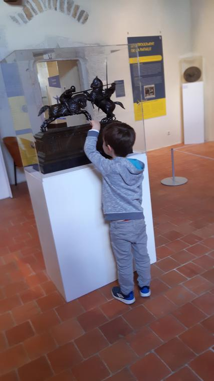 Visite Quel drôle de chevalier au chateau de Baugé