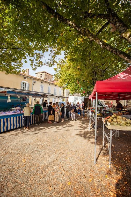 Marche-foussais-payre-85240-vendee-1-2