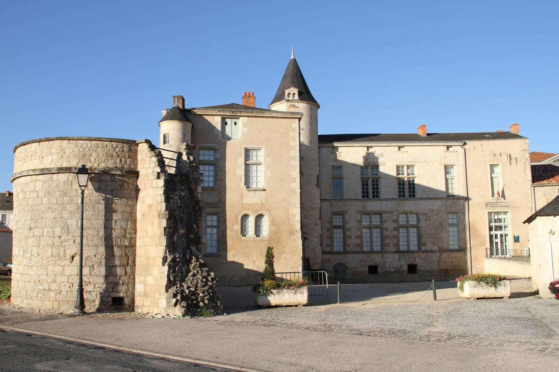 muraille de Fontenay et hôtel Gobin