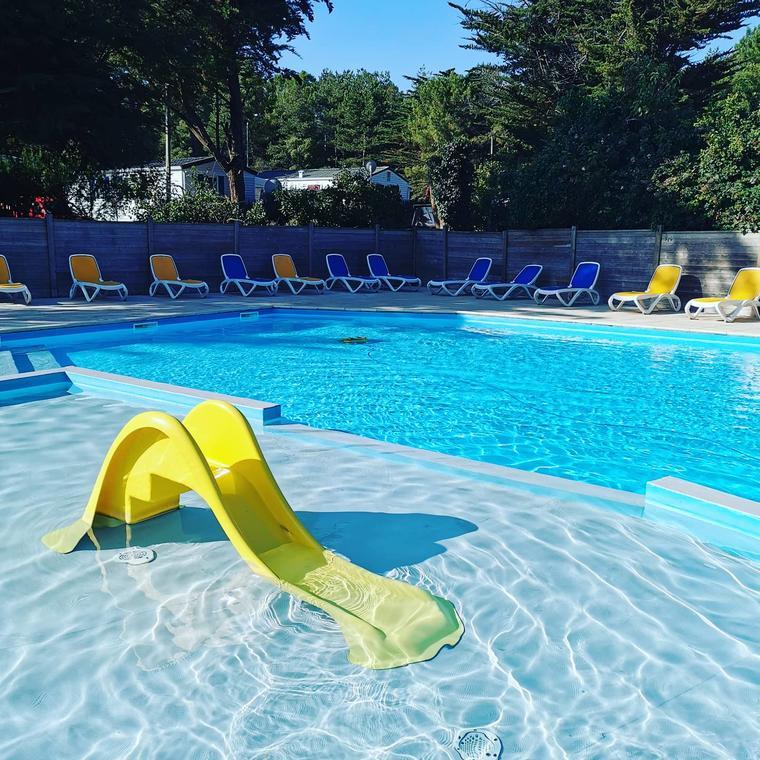 piscine_lessalines_sainthilairederiez