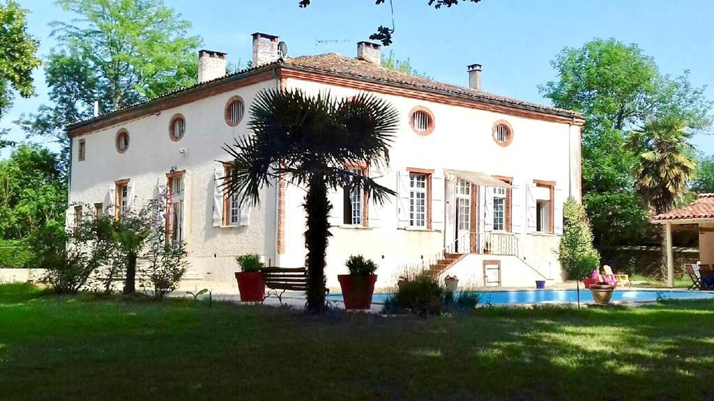 """Chambres d'hôtes """"Le Manoir de la Gravette"""" Montauban Tarn-et-Garonne"""