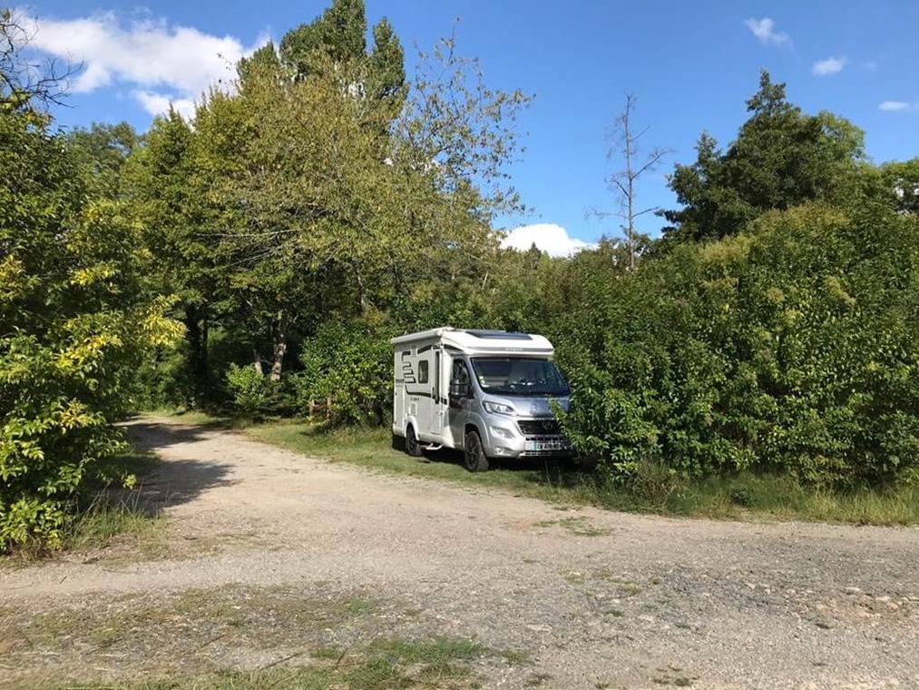 aire camping car laguépie