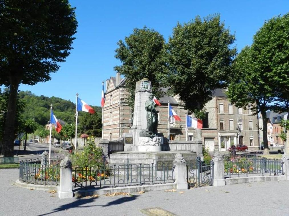 Monument aux morts de Givet