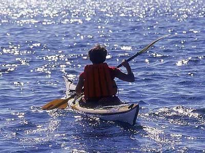 Base nautique kayak Marseille.jpg