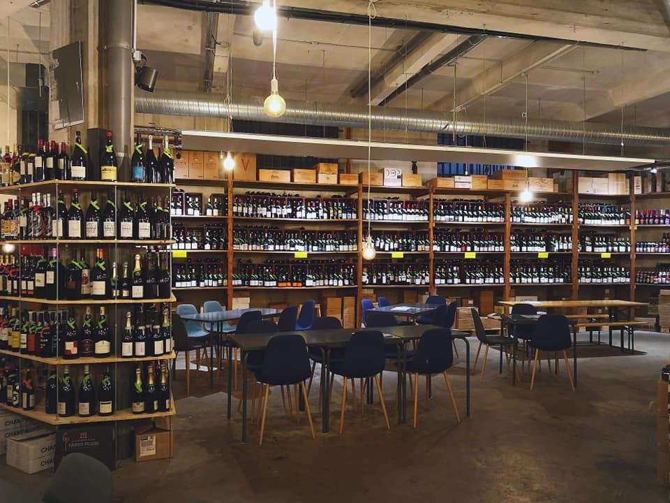La Buvette Cave à manger Bar à vins à Bourg-en-Bresse