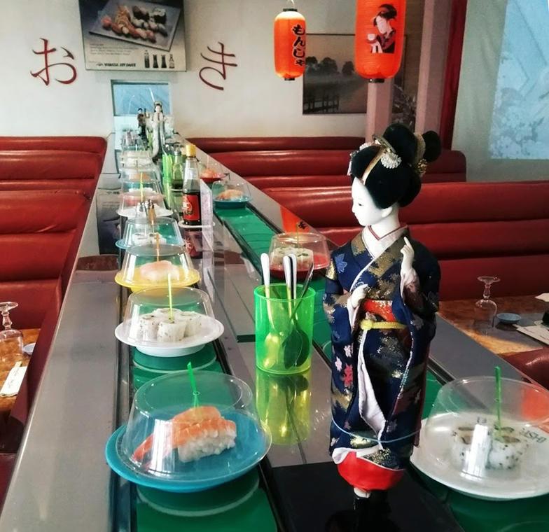 japan-sushi-restaurant