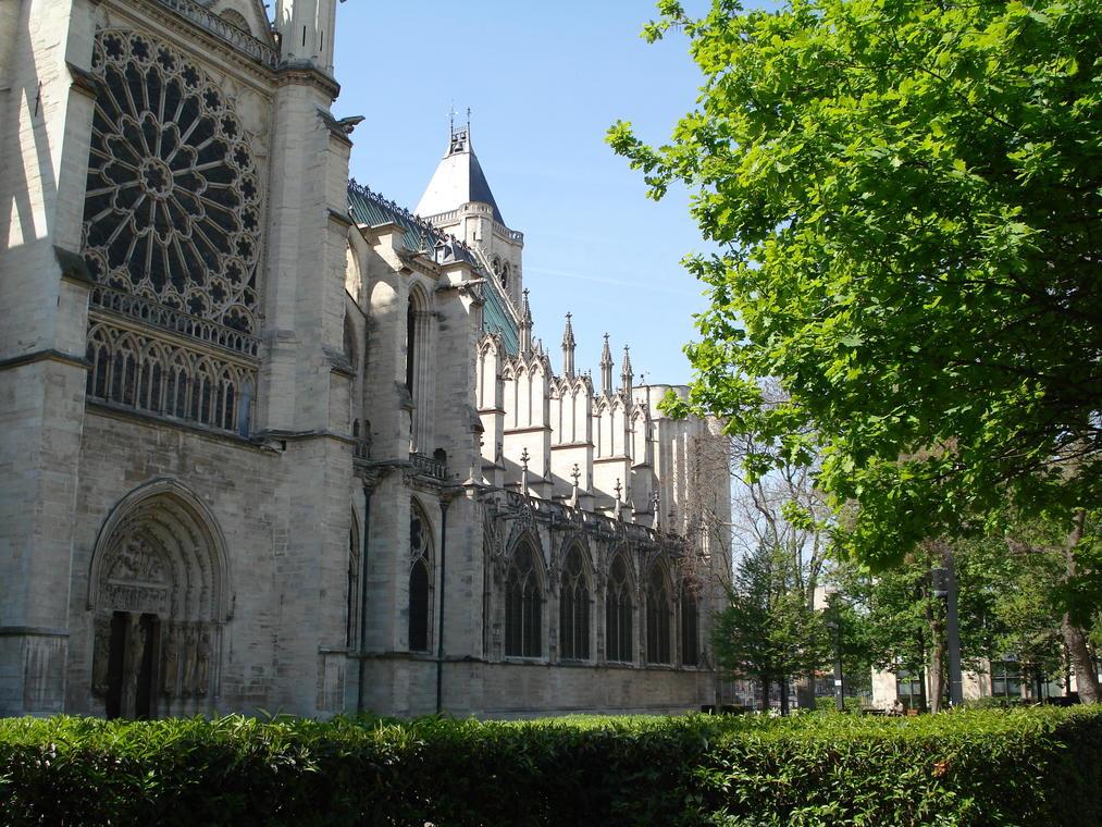 Jardin Pierre de Montreuil Saint Denis 93