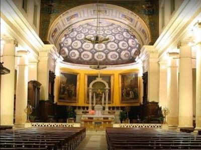 Eglise Saint Lazare Marseille.jpg