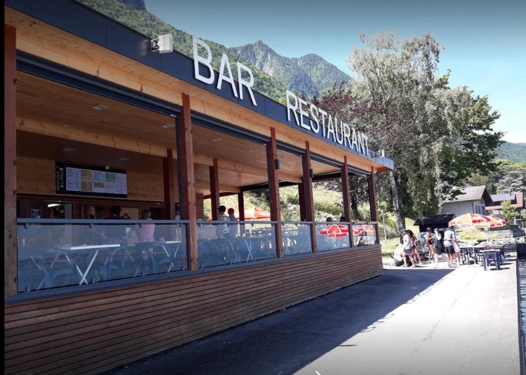 """Bar-restaurant de la Plage - """"PP Beach"""""""