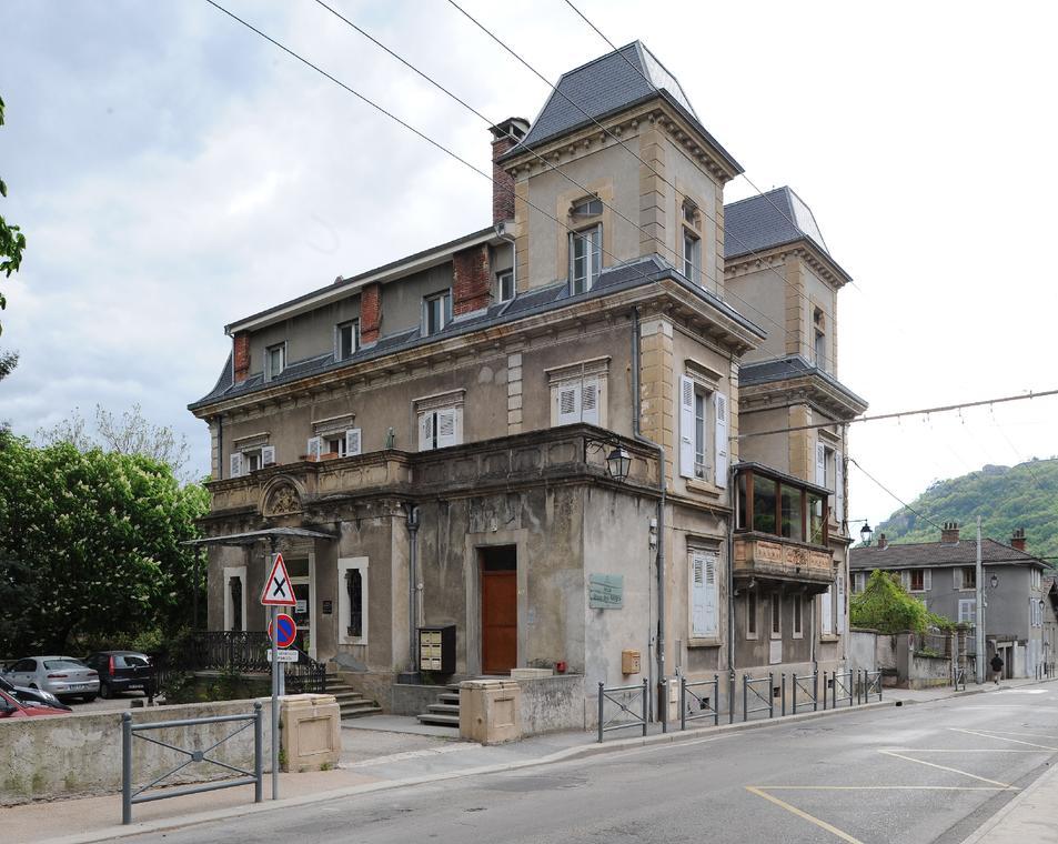 """Villa """"Brise des Neiges"""""""