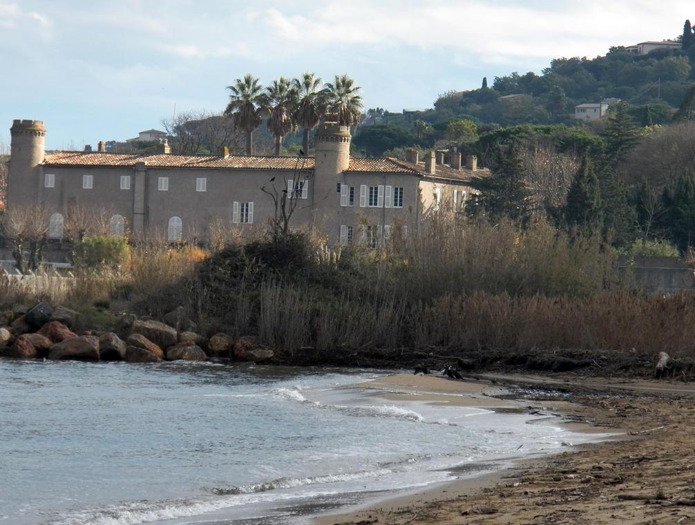 Château Bertaud de l'usine des torpilles de Gassin