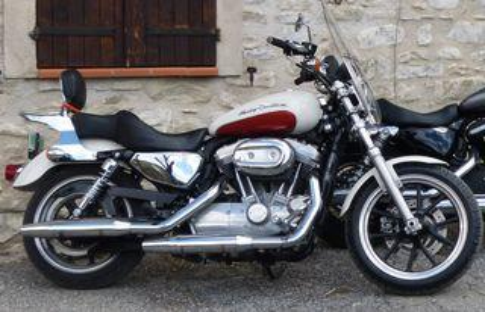 Loueur motos Harley